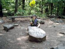 Góry Świętokrzyskie, maj 2003 - Przemek na Łysicy