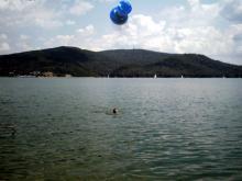 Bieszczady, sierpień 2003 - Kąpiel w jeziorze, Solina